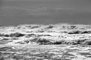 PACIFIC OCEAN WAVES RIALTO BEACH OLYMPIC NATIONAL PARK BLACK AND
